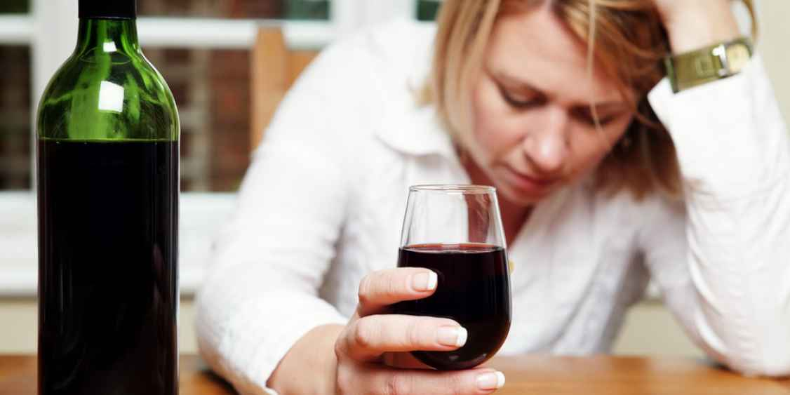 woman-drink-alcohol.jpg